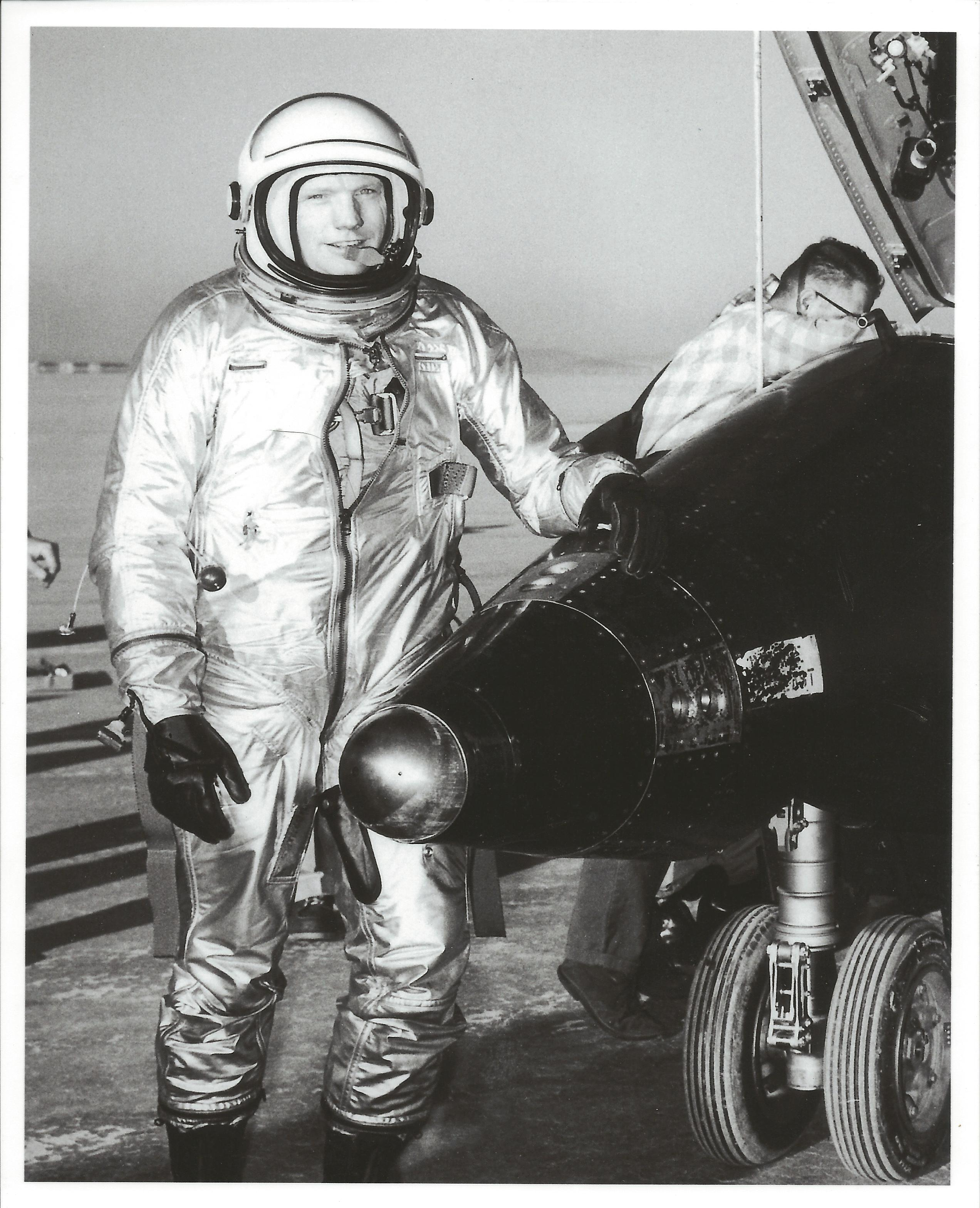 Neil Armstrong  Facts amp Summary  HISTORYcom