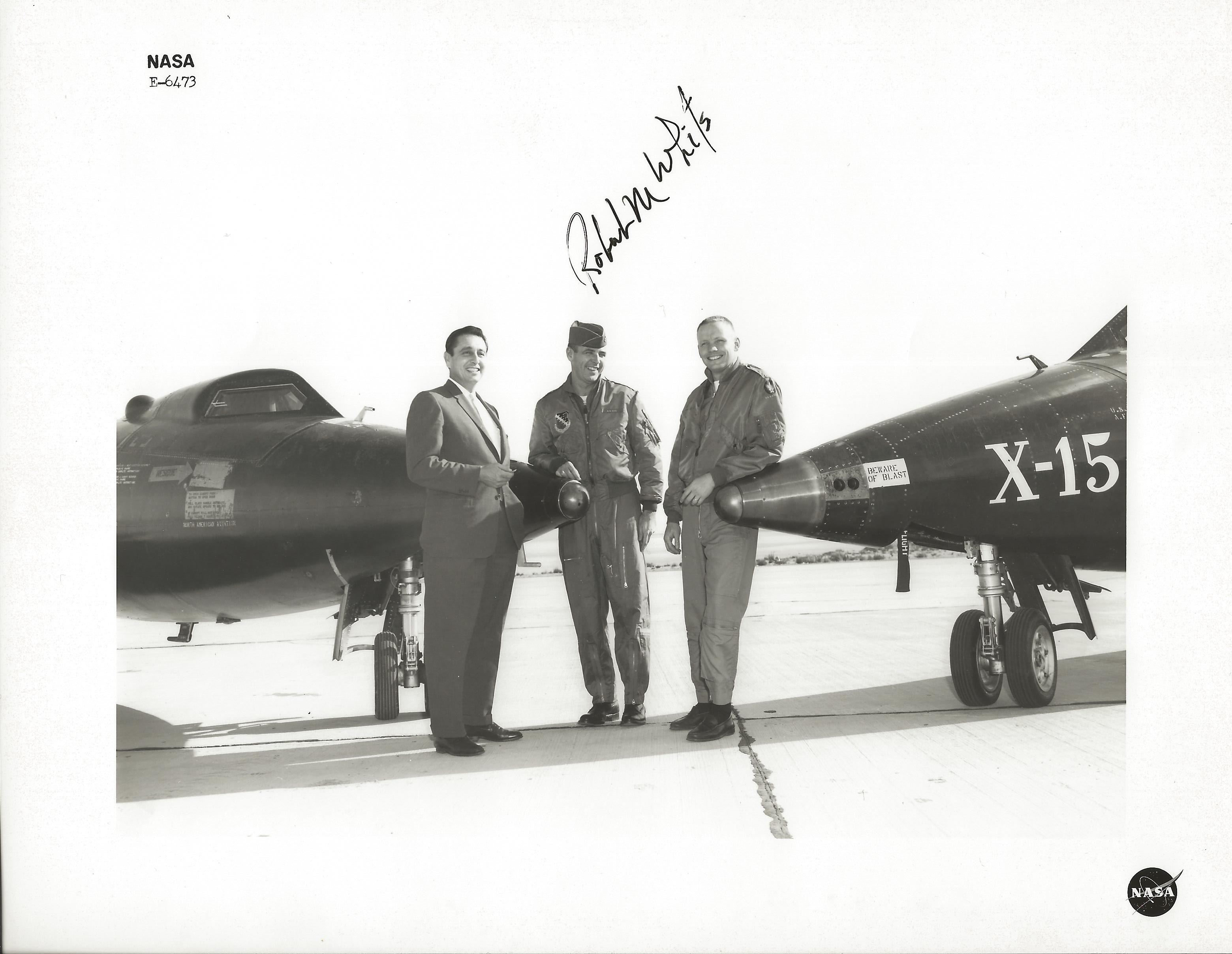 Index of /x-15/images/armstrong